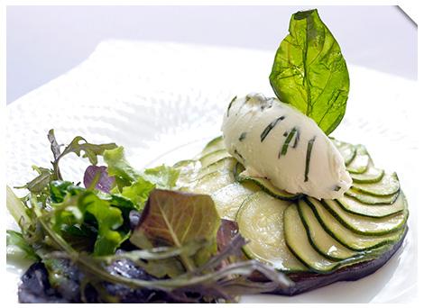 TTian de légumes du soleil, chèvre frais au basilic